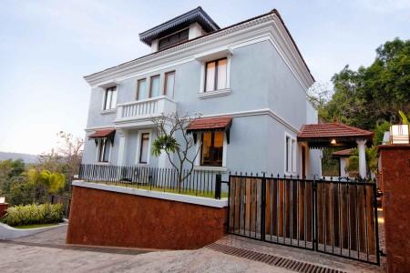 Sol de Tres - 3 Bed Luxury Private Pool Candolim Villa- Facade